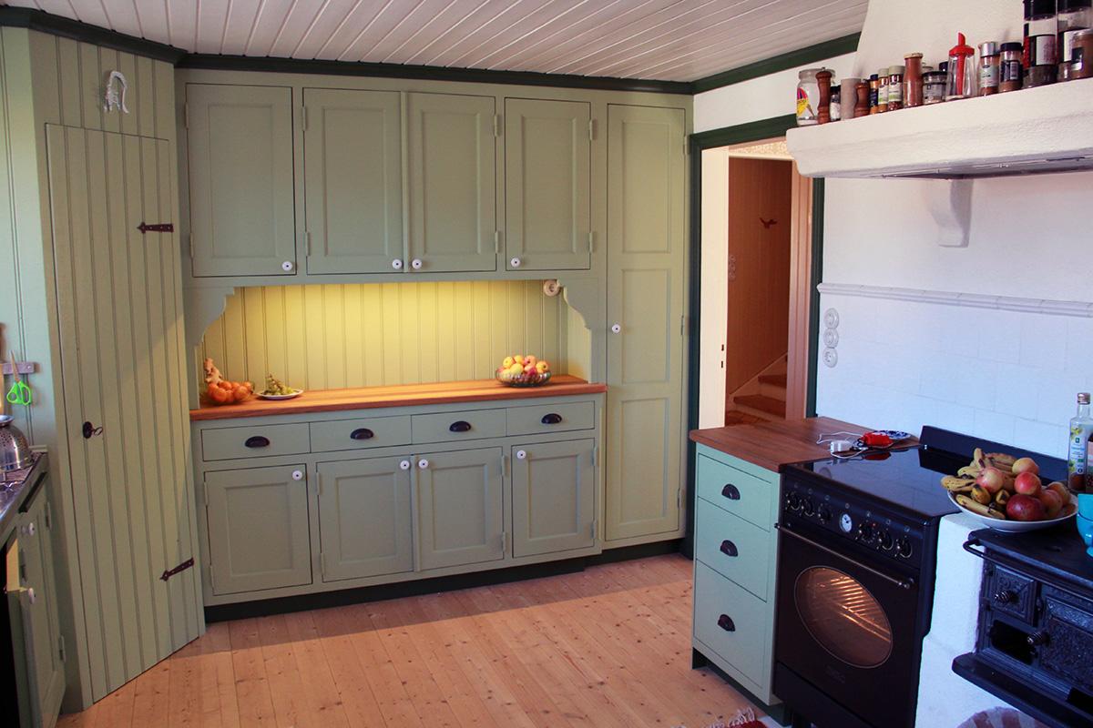 Platsbyggt kök i torp 2 Snickeribyrån
