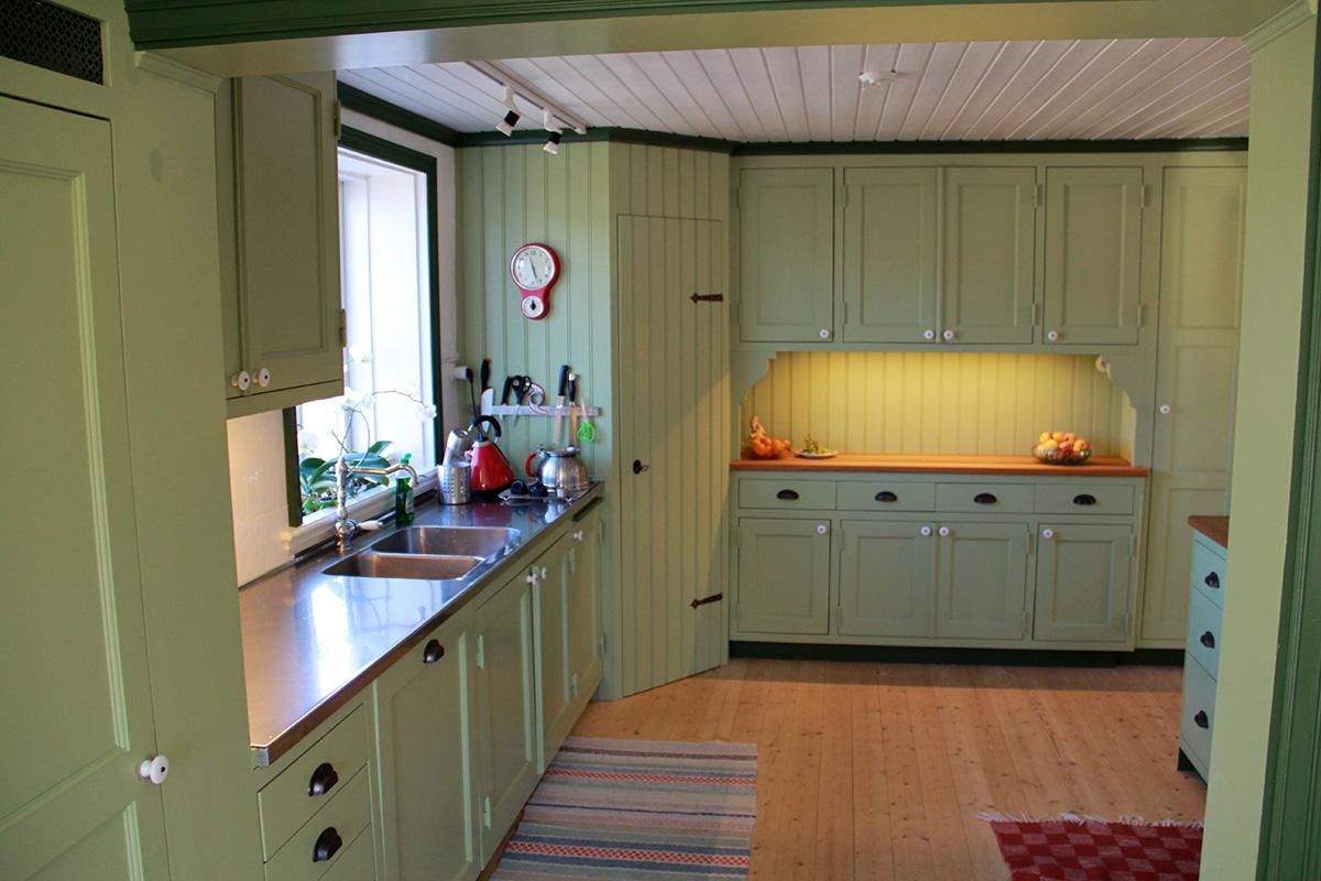 Platsbyggt kök i torp 3 Snickeribyrån