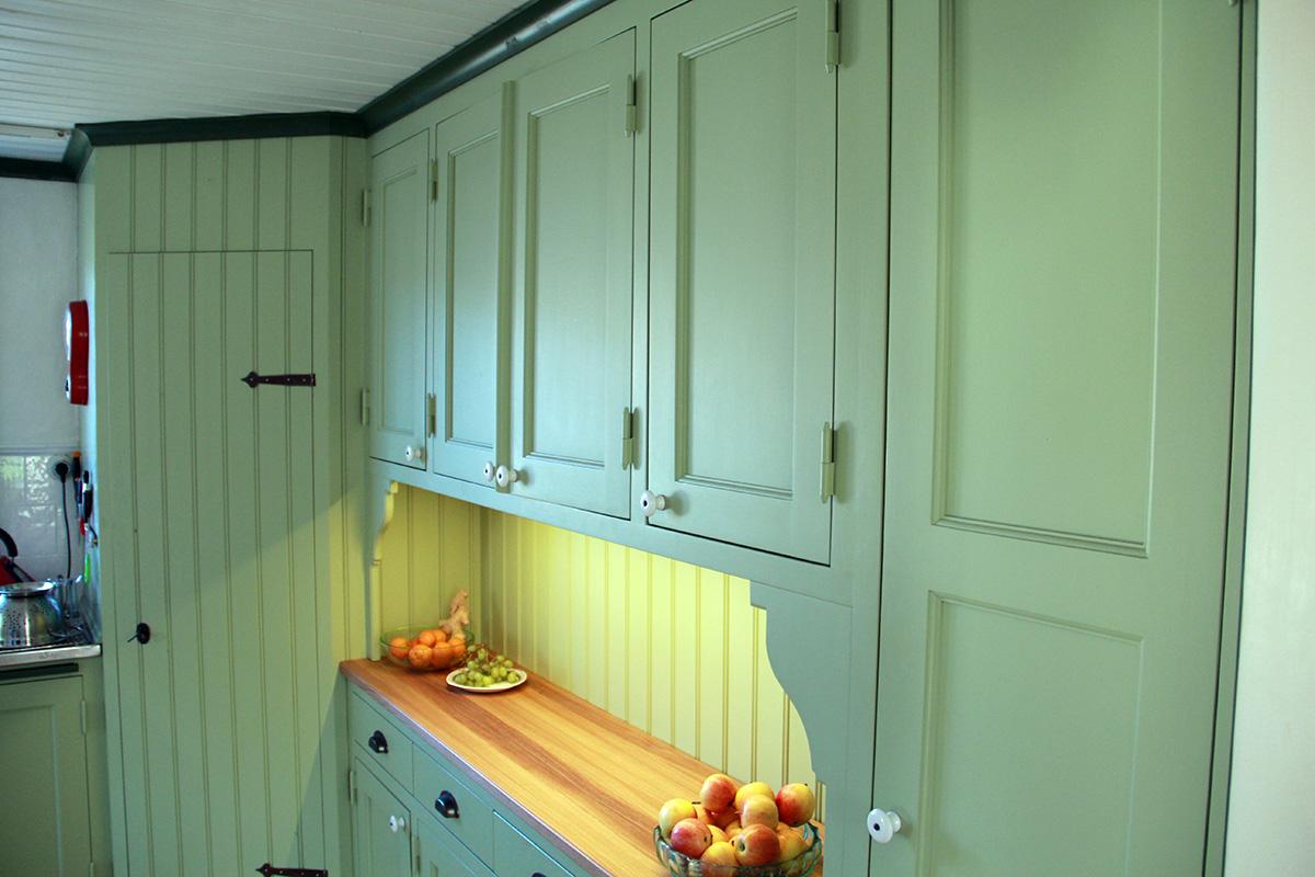 Platsbyggt kök i torp 1 Snickeribyrån