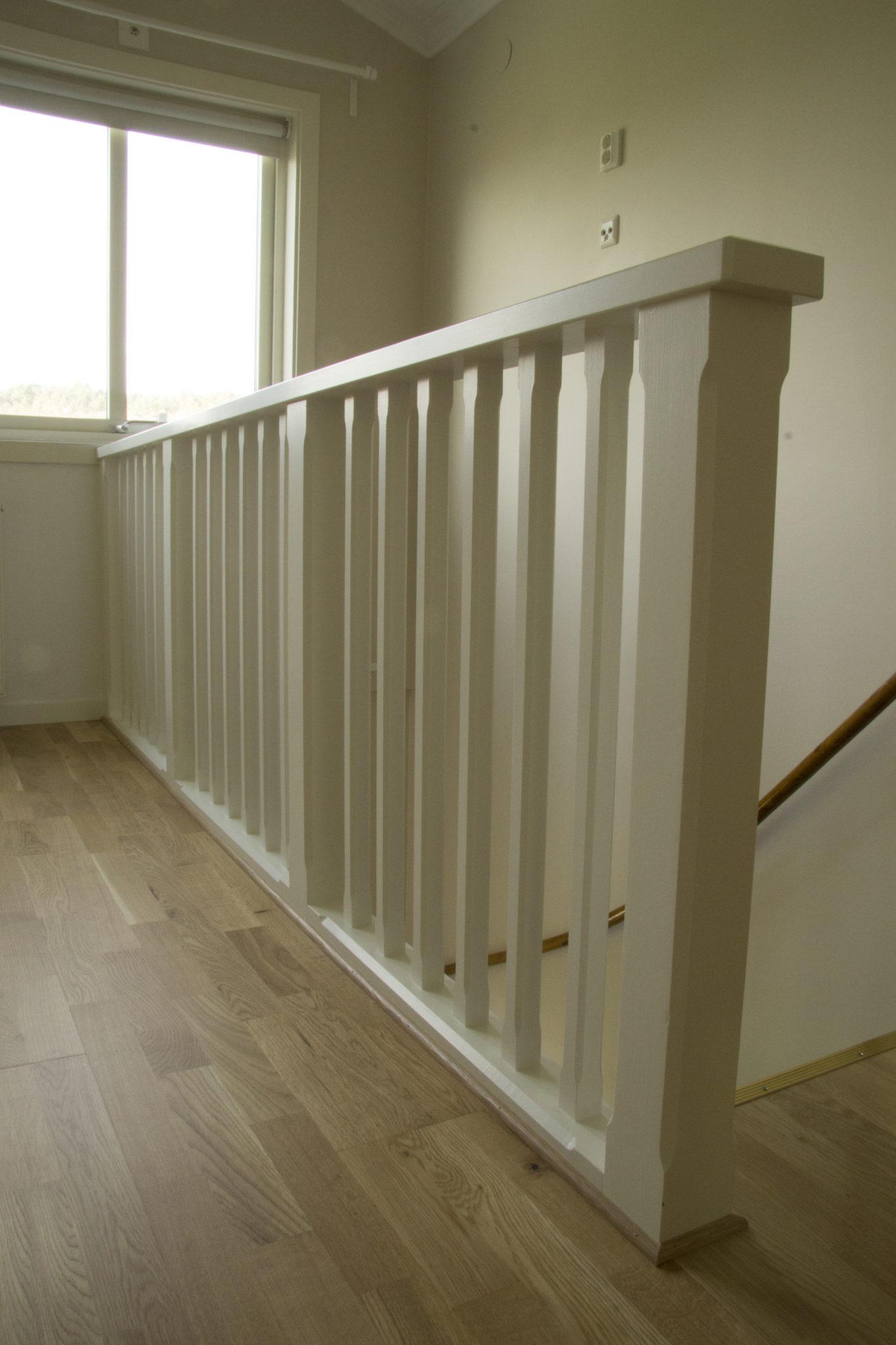 platsbyggt trappräcke